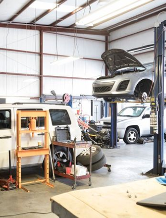 Auto Garages<br> & MOT
